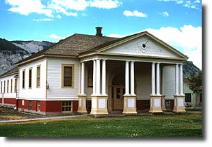 Fort Yellowstone Canteen